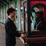 Tom Hanks with Zoltar fortune teller in movie Big