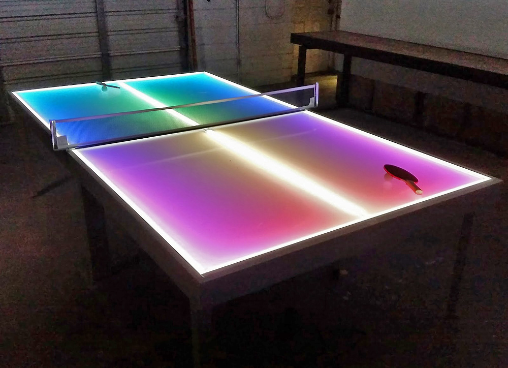 Attractive illumination of LED lighted table tennis game