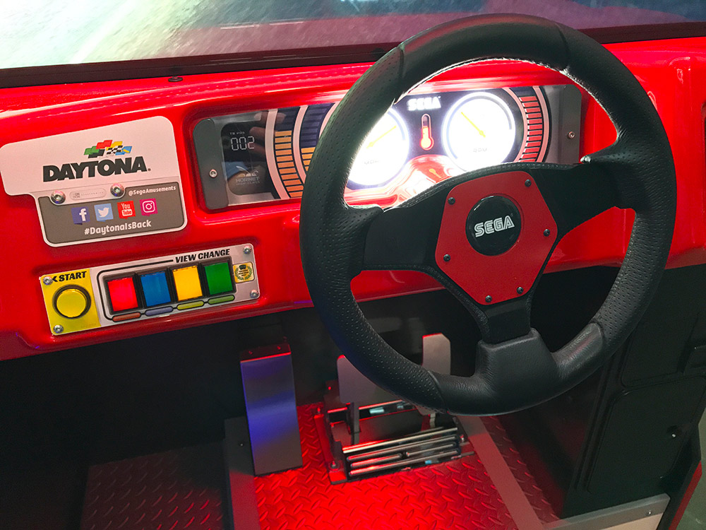 the controls did not change on the new remake of Daytona game